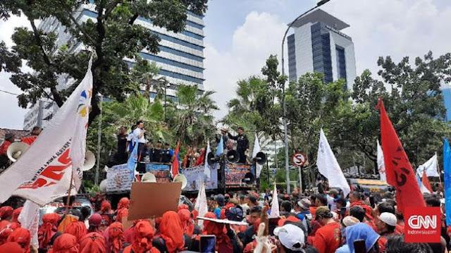 Mantul! Buruh ke Anies: Gubernur Indonesia, Bantu Tolak Omnibus Law