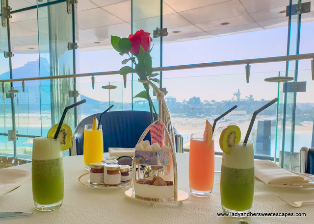 fresh juices and a mini Burj Al Arab sugar holder