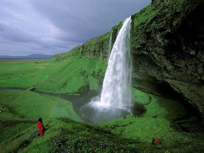 அழகின் உச்சம்: Iceland பற்றிய 10 பயனுள்ள தகவல்கள்