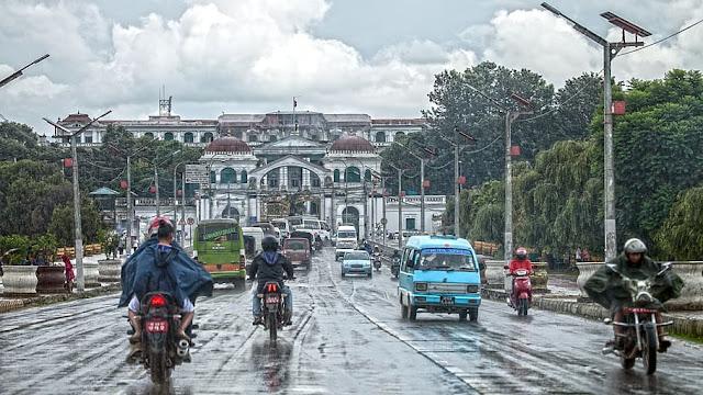 Nepal starts losing lockdown in different steps.