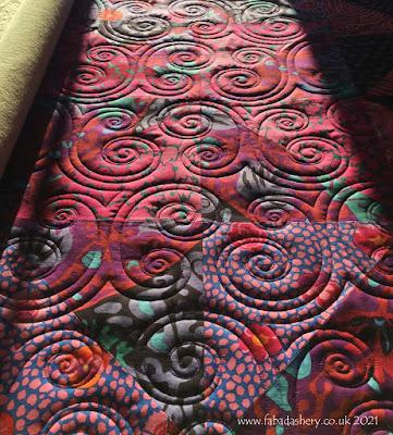 'Lalla Palooza' quilt design by Denise Schillinger