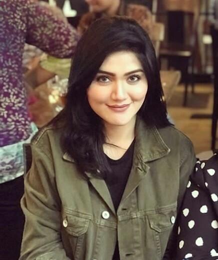 Biodata Hilda Vitria Khan, Pacar Baru Billy Syahputra ...
