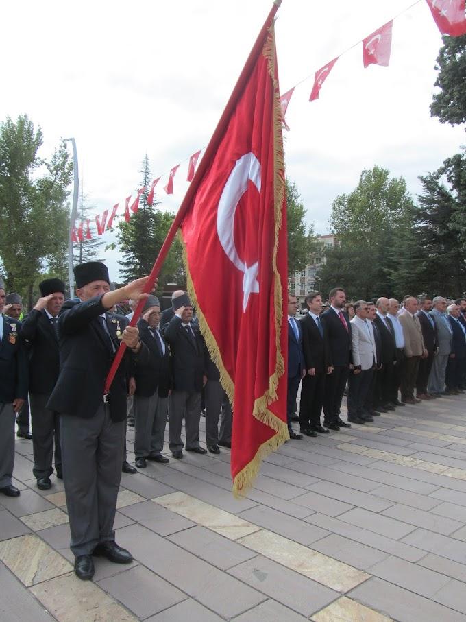 30 Ağustos Zafer Bayramı, tüm yurtta olduğu gibi ilçemizde de törenlerle kutlandı