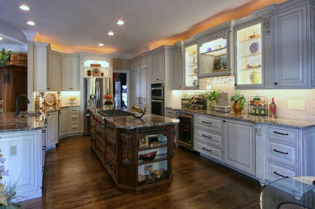 Индивидуальный классический дизайн кухни от Walker Woodworking