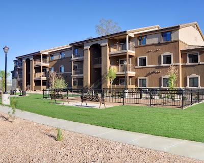 multi-family-vs-single-family-phoenix-rental-property-investment