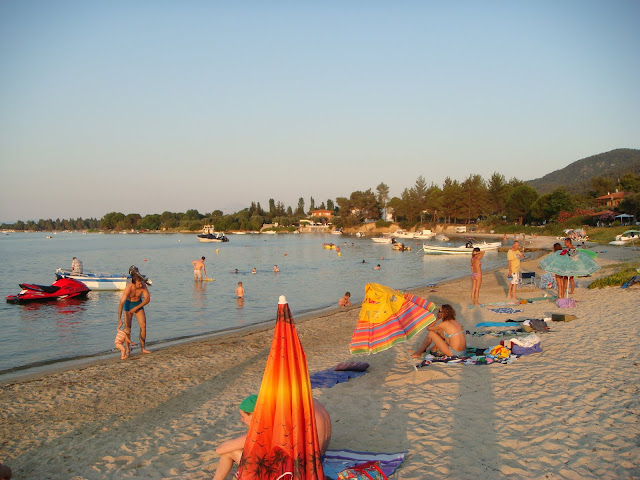 Vourvourou beach in walking distance of 80 meters from Jenny's Garden
