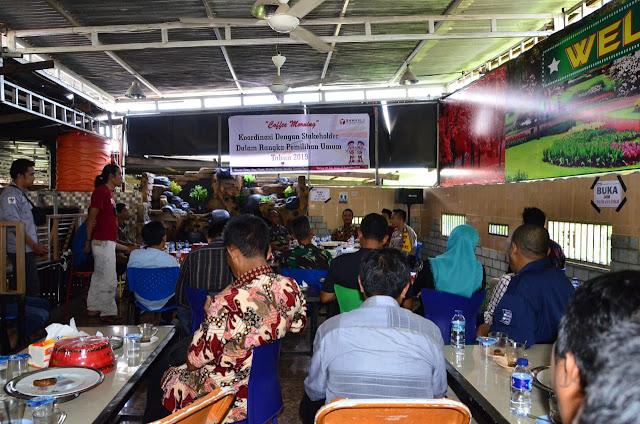 Coffee Morning Koordinasi Stakeholder Hadapi Pemilu 2019, Bupati Sinjai Harapkan ASN Netral