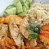 Kurczak w potrawce z warzywami i brzoskwinią