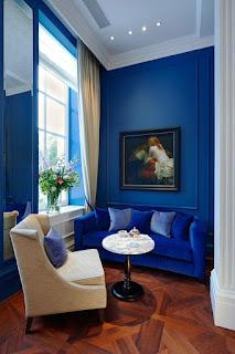 ห้องรับแขกสีฟ้า
