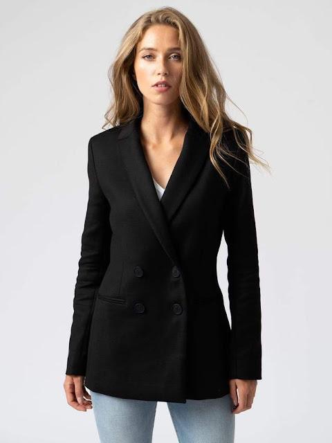 saint and Sofia women's black blazer