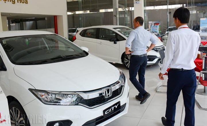 Hưởng lợi từ chính sách, ô tô 'nội' thêm quân số cạnh tranh xe nhập