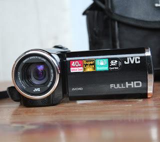Jual handycam bekas JVC GZ-E100BAG FullHD