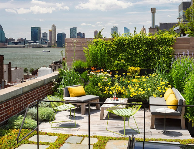 Rooftop Garden Design for Beautiful Rooftop Patio Idea