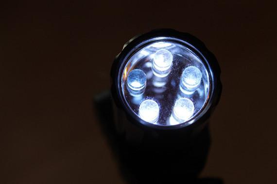 94877aee0 El equipo ha evaluado más de una veintena de tipos de lámparas LED de baja  potencia y ha comprobado que su precio no guarda relación con la calidad de  su ...