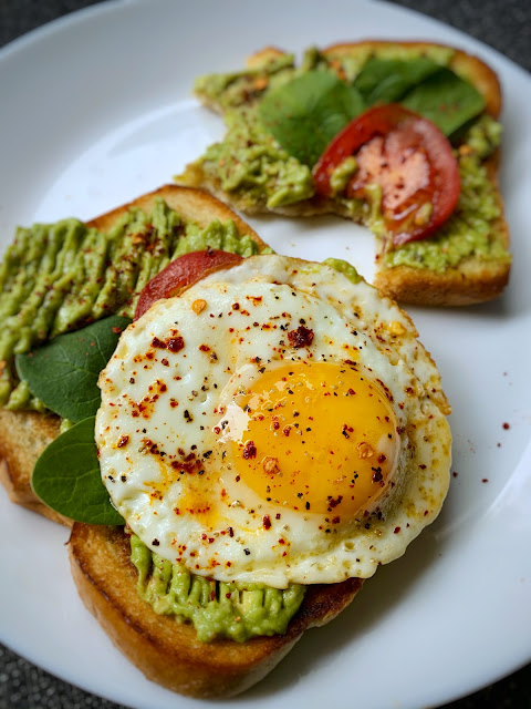 Avocado egg toast recipe