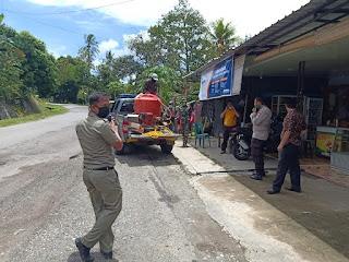 Tim Gabungan, TNI-POLRI di Maiwa Semprotkan Disinfektan Secara Massal