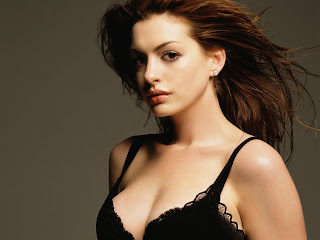 Anne hathaway in black bra wallpapers