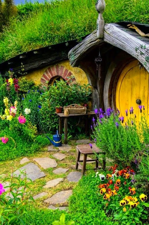 Hobbit Houses in New Zealand
