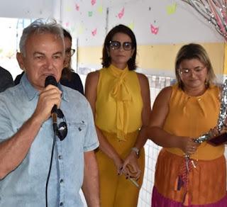 Vereador Fernando Cadete parabeniza Luciana Matias por aniversário