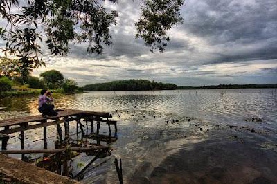 tempat wisata di pekanbaru danau buatan lembah sari
