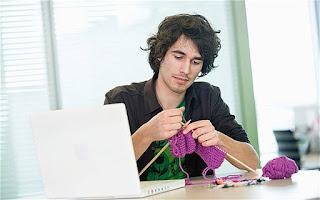 Knitt(r)ing