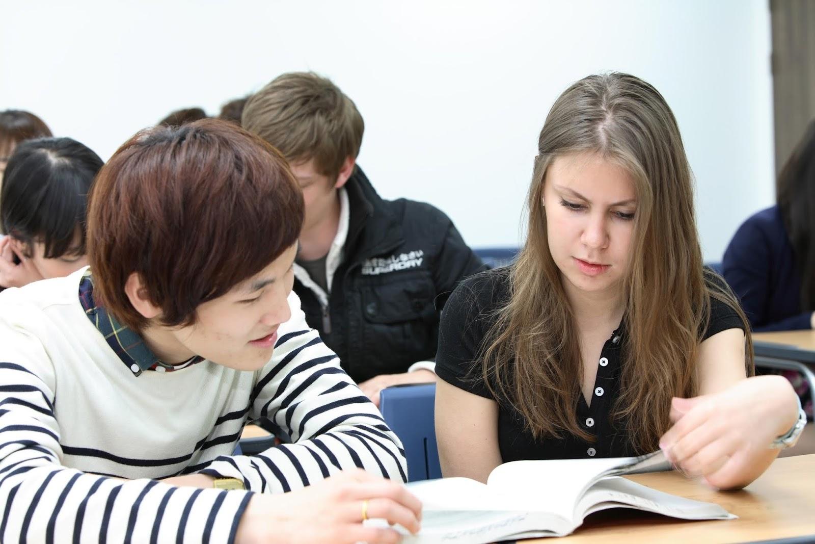 Các chương trình dạy tiếng Anh chuyên sâu tại Mỹ