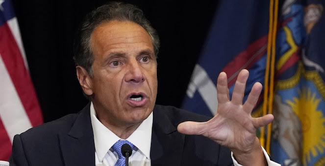 Le accuse di molestie sessuali contro Andrew Cuomo, governatore di New York