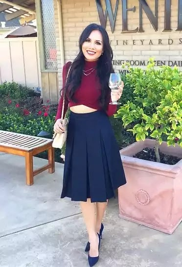 navy blue and burgundy outfit