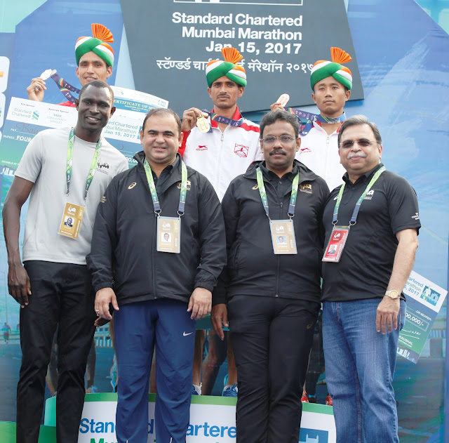 Simbu & Kitur take the honours at the Standard Chartered Mumbai Marathon 2017