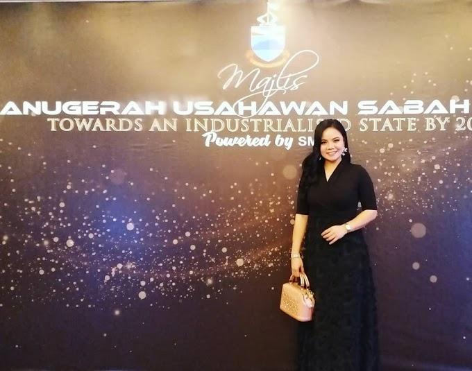 Usahawan Matunggong Terima Anugerah Usahawan Most Outstanding SMEs Daripada Ministry Trade & Industry (MTI)