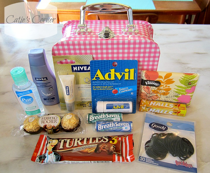 how to make a 7th grade survival kit