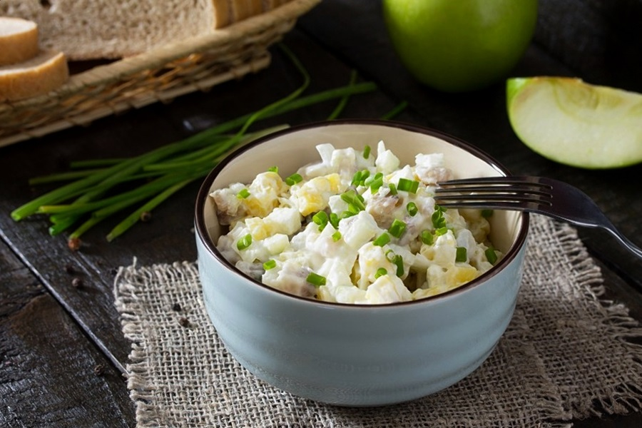 prosta-salatka-sledziowa