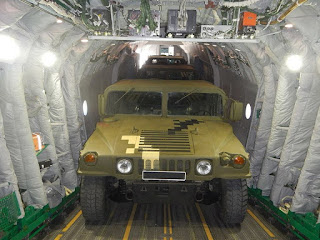 Antonov An-178 Lulus Uji Angkut Tiga Humvee