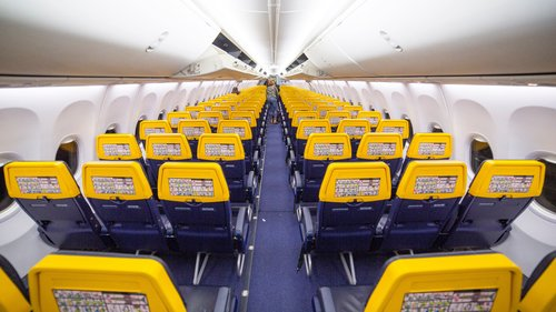 ryanair review cabin seats service