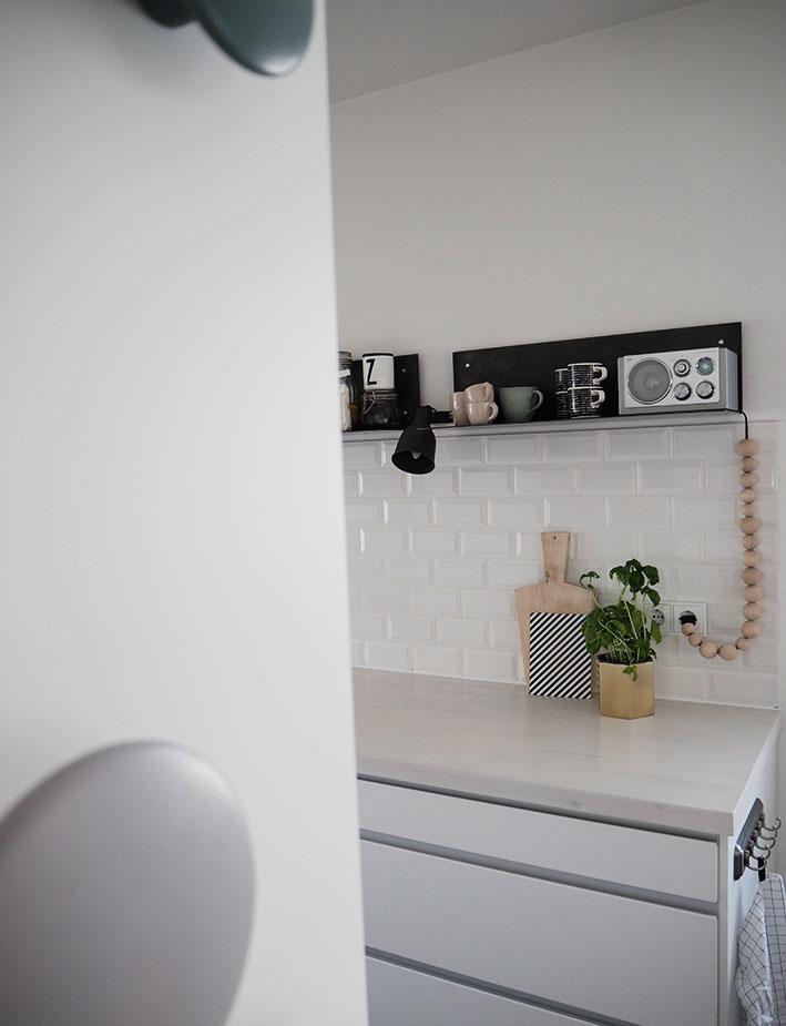 Metro fliesen küche  A Pinch of Style: Küchen Fresh up | Vorher