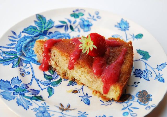 Gâteau vanille, fraise, pommes de terre (sans gluten)