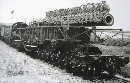railway gun worldwartwo.filminspector.com