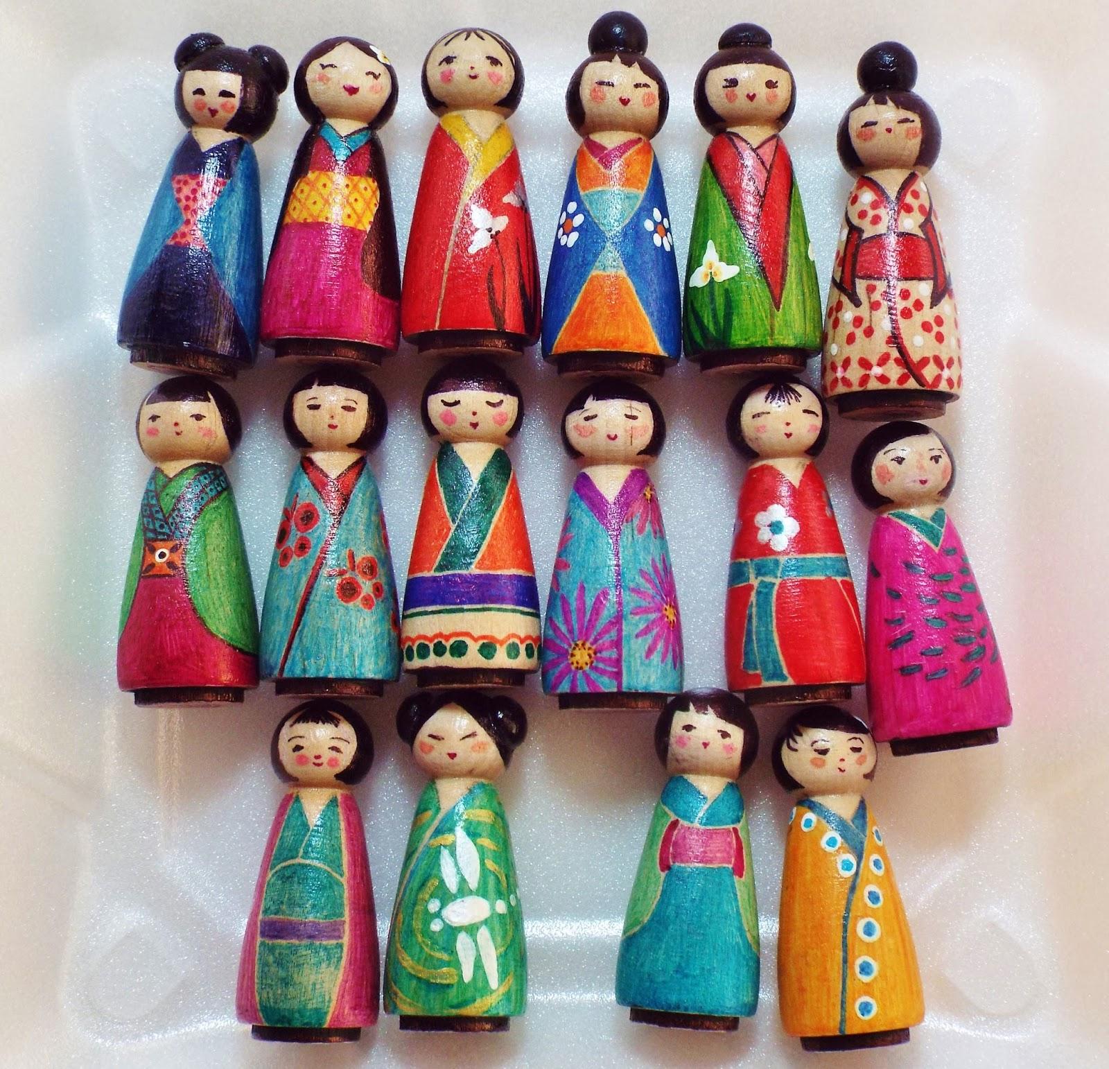 Artteajannell Kokeshi Peg Dolls
