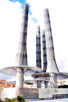 La novedosa recogida de basuras y producción de agua caliente del Ecobarrio de Vallecas