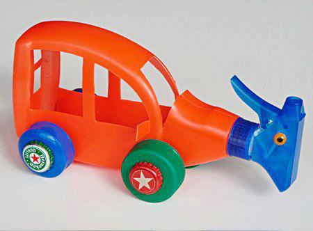 http://edu-infantilcriativa.blogspot.com.br/2012/10/oficina-de-brinquedos-para-o-dia-das.html