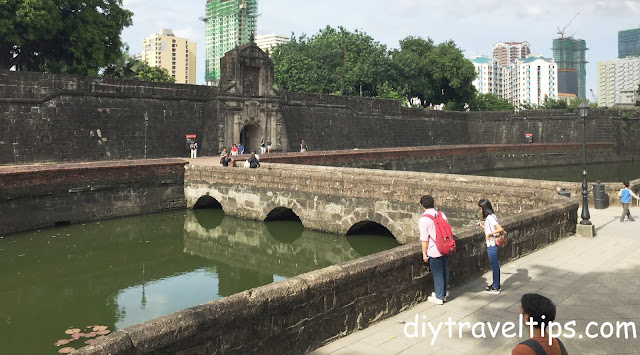 Photo showing the bridge to Fort Santiago