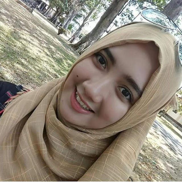 Hijaber Smile Attracts the Heart