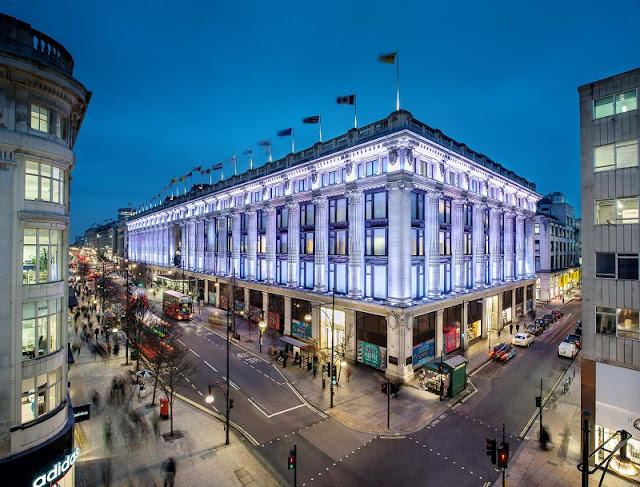 Loja de departamento Selfridges em Londres