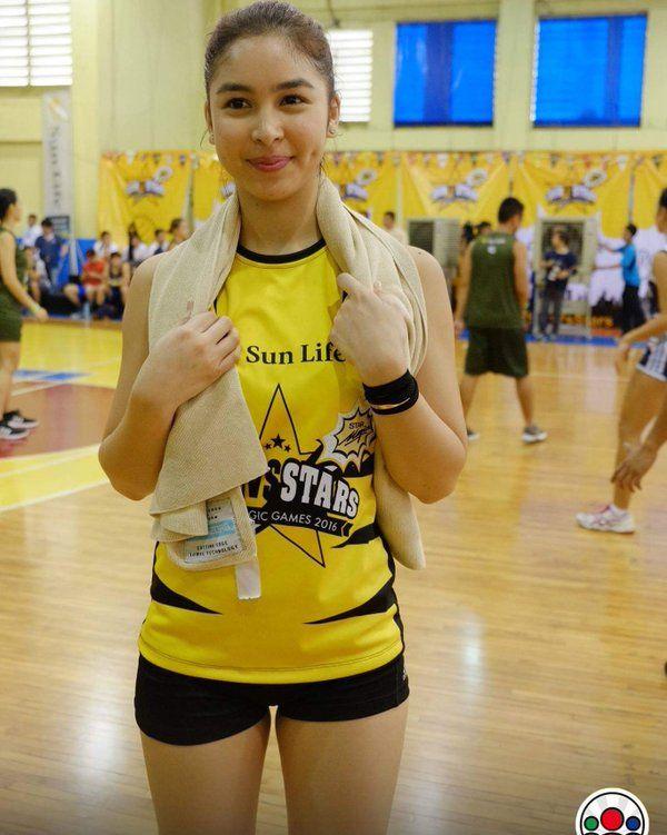julia barretto sexy volleyball pics 01