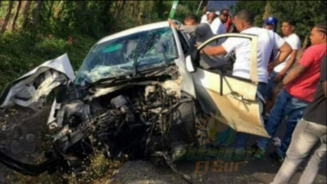 Azua; Joven sobrevive milagrosamente a un aparatoso accidente
