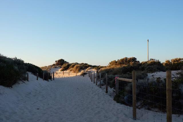 Scarborough Beach Perth Curitan Aqalili