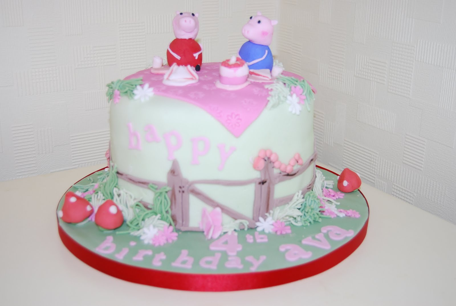 Sophieisticakes Ltd Peppa Pig Birthday Cake