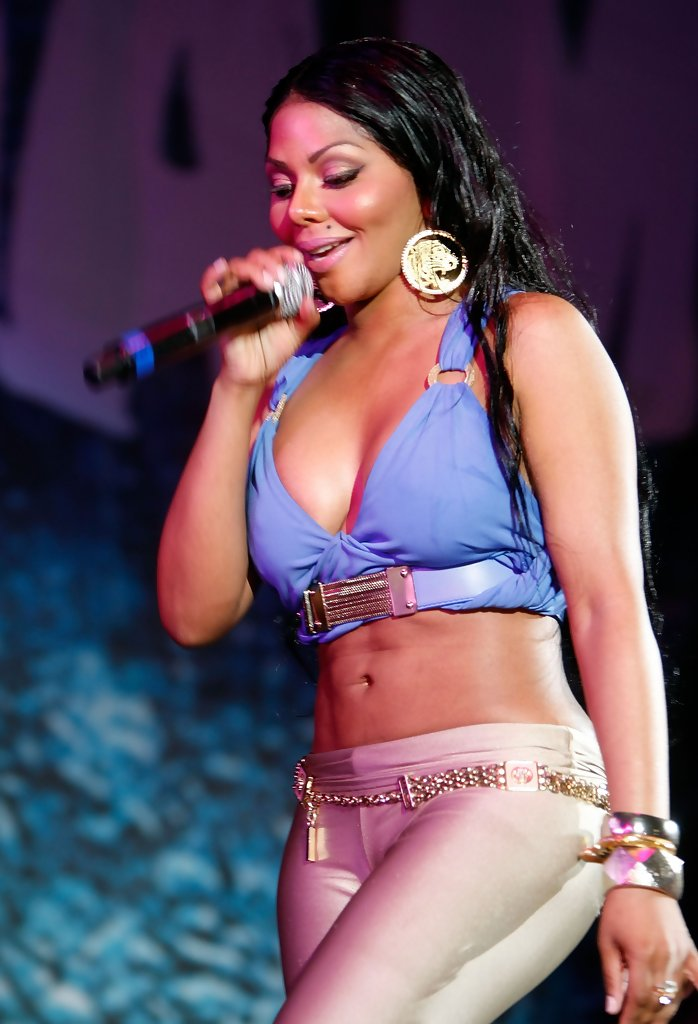Celebrity Arena Lil Kim Hot Sexy Photo  Biography-5431