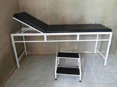 harga meja periksa pasien