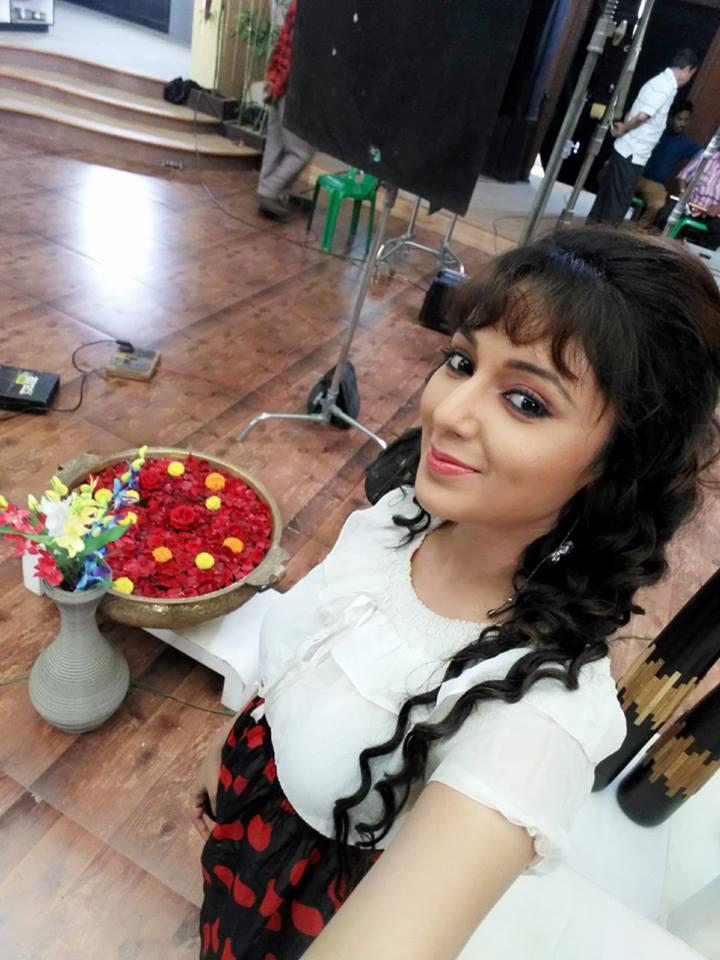 Mani Bhattachariya HD Pictures